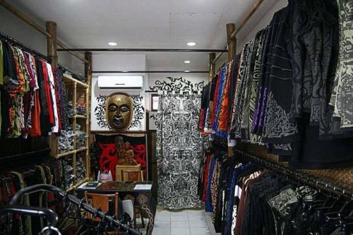 inside shop @ Batu Belig